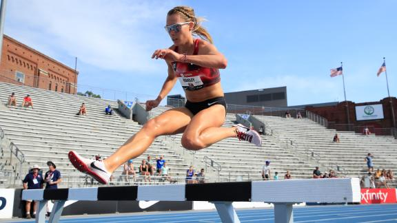 DES MOINES, IOWA - JULY 25:  Colleen Quigley clears a hurdle in the opening round of the 3000 meter steeplechase during the 2019 USATF Outdoor Championships at Drake Stadium on July 25, 2019 in Des Moines, Iowa. (Photo by Andy Lyons/Getty Images)