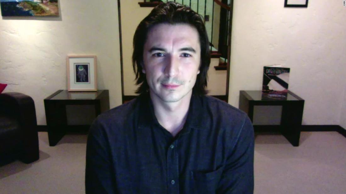 Robinhood CEO Vlad Tenev speaks to Cuomo after GameStop stock chaos - CNN Video