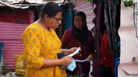 , [:en]India Covaxin: Some Bhopal slum residents thought they had been being vaccinated in opposition to Covid-19 however had been a part of medical trials[:], Laban Juan