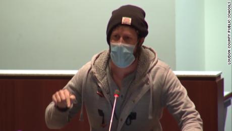 Virginia parent chastises school board officials over coronavirus shutdown