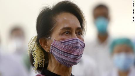 El ejército de Myanmar arrestó a Aung San Suu Kyi en un golpe.  Esto es lo que necesitas saber