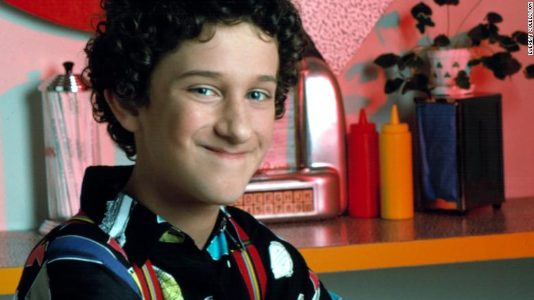 """<a href=""""https://www.cnn.com/2021/02/01/entertainment/dustin-diamond-obit/index.html"""" target=""""_blank"""">Dustin Diamond,</a> who played the role of Screech on the popular 1990s high school comedy """"Saved by the Bell,"""" died February 1 after a recent cancer diagnosis, according to Diamond's manager, Roger Paul. He was 44."""