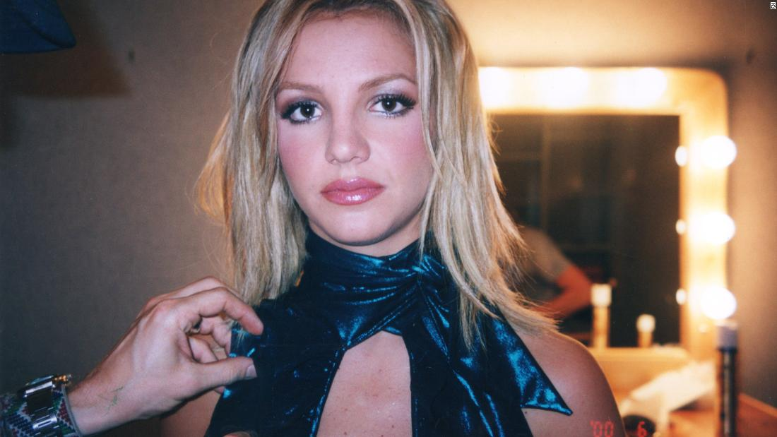 Review: 'Framing Britney Spears' is as much about the singer's fans as her legal woes