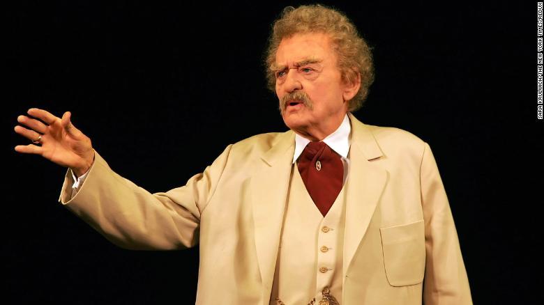 Hal Holbrook, veteran actor who portrayed Mark Twain, dies at 95