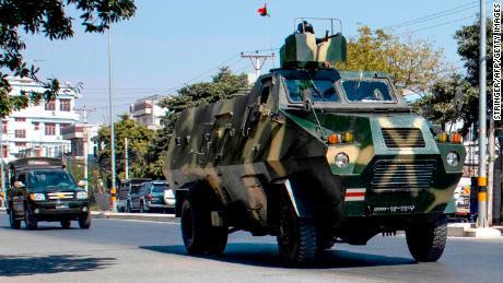 Адміністрація Байдена кваліфікує військовий захоплення М'янми як переворот
