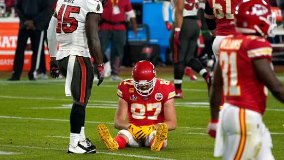 Kansas City tight end Travis Kelce sits on the field after an incomplete pass in the second half. The Chiefs came in with the best offense in football, but they could never get on track.