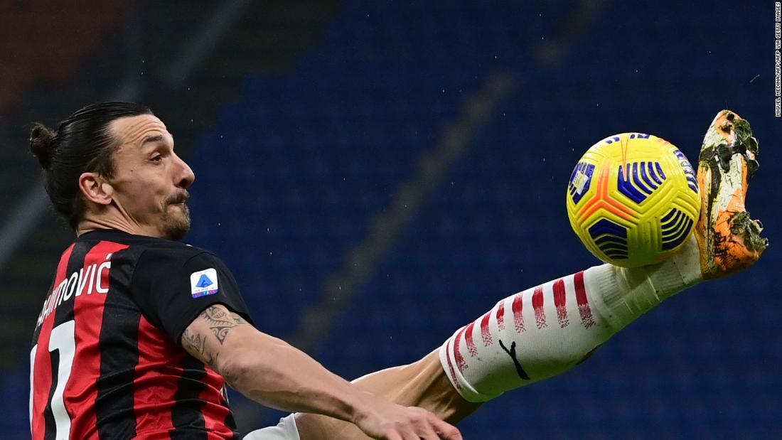 Zlatan Ibrahimovic scores 500th goal of club career in AC Milan victory