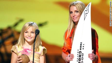 Britney Spears and her sister Jamie Lynn Spears.