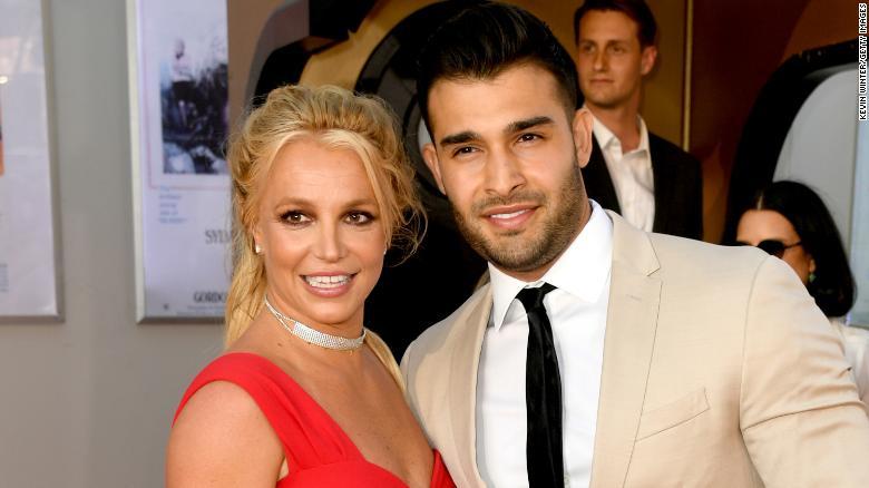 Octavia Spencer apologizes to Britney Spears and Sam Asghari for prenup joke