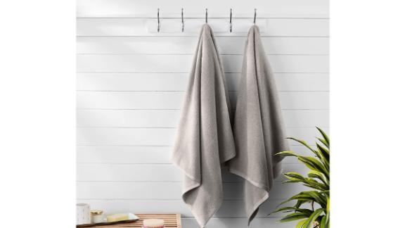 Amazon Basics Quick-Dry Towels, Set of 2
