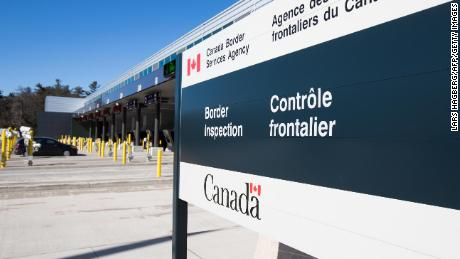 Us Extends Covid 19 Travel Restrictions With Canada And Mexico Through August 21 Cnnpolitics