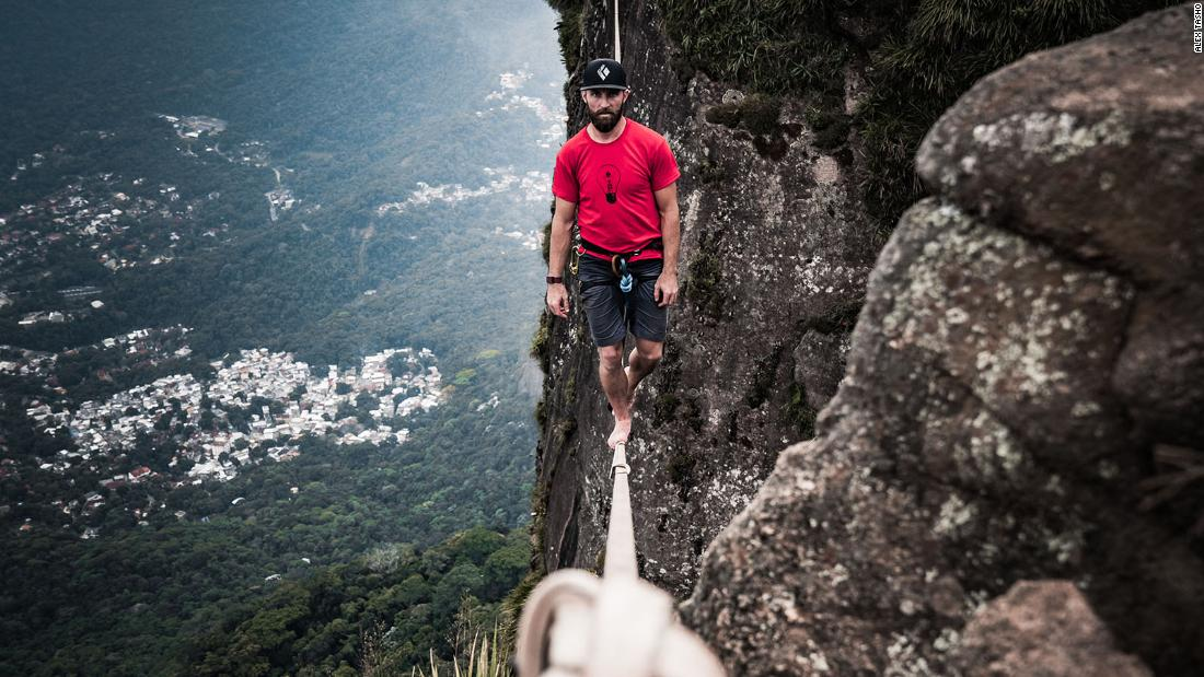 The man crossing the world on a highline