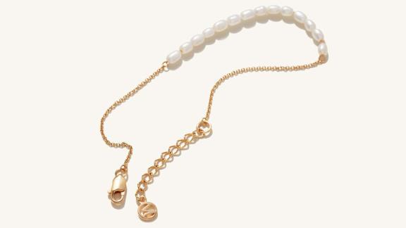 Mejuri Tiny Pearl Bracelet