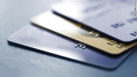 Combien de temps faudra-t-il pour rembourser mes cartes de crédit ?