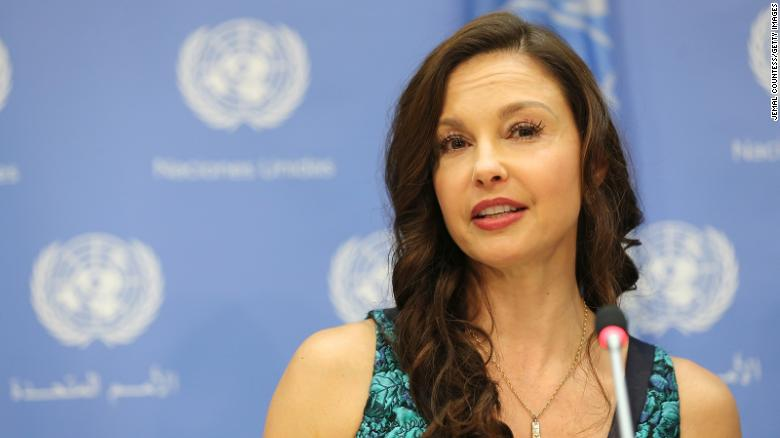 Ashley Judd recounts 'harrowing' leg injury in African jungle