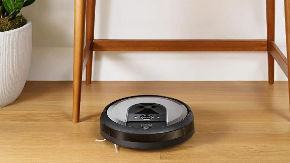 iRobot Roomba i6+ Robotic Vacuum