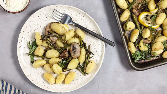 Lemon-Parmesan Gnocchi With Mushrooms