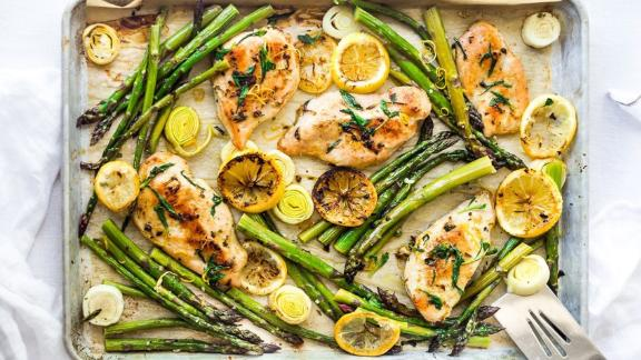 Tarragon Chicken (Or Tofu) With Asparagus, Lemon and Leeks
