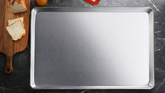 New Star Foodservice Commercial-Grade 18-Gauge Aluminum Sheet Pan