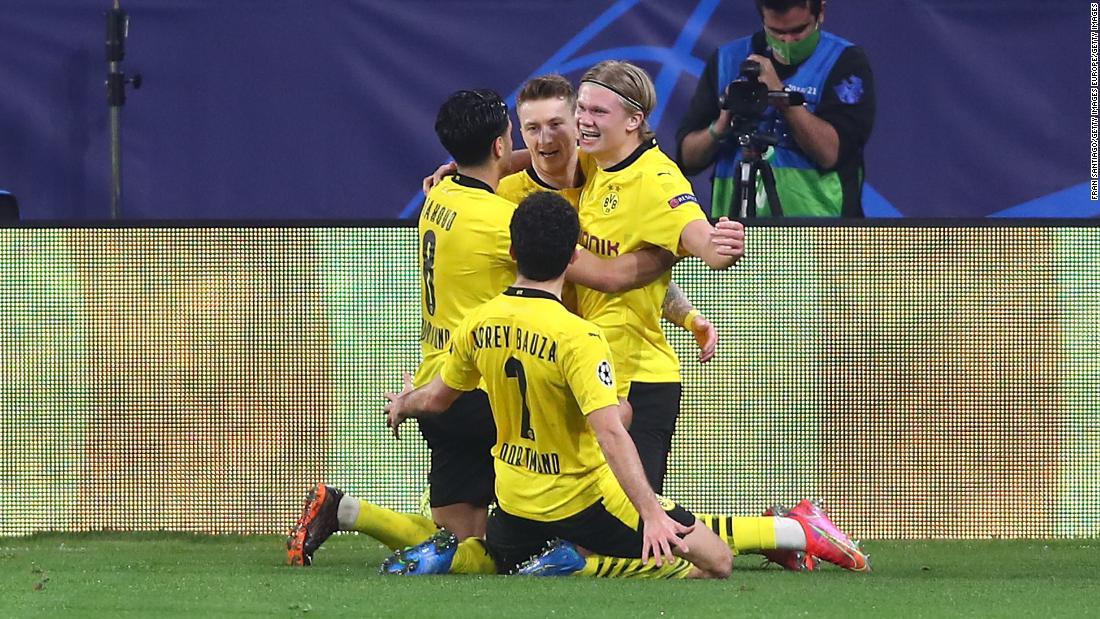 Erling Haaland nets wonderful brace as Borussia Dortmund beats Sevilla
