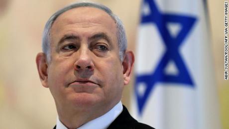 Netanjahu, od dawna obrońca praw LGBTQ, zabiega homofobów i rasistów o utrzymanie władzy