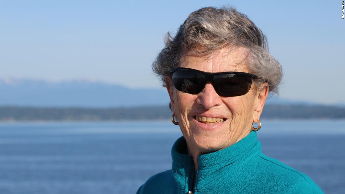 A 90-year-old Seattle woman walks six miles in snow to get her Covid-19 vaccine