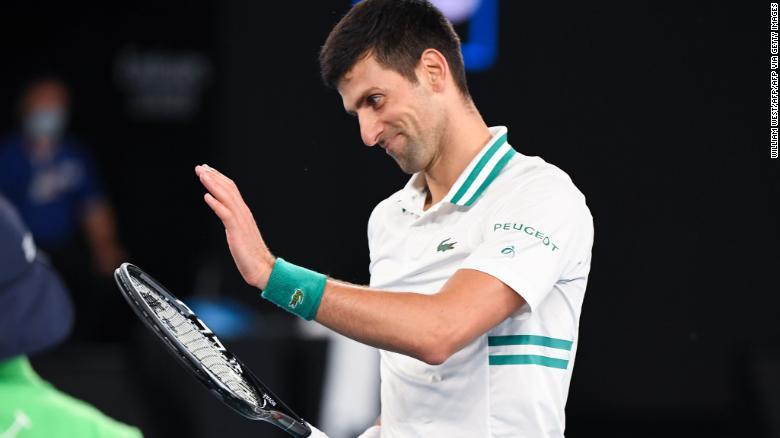 Djokovic memuji drop shot Medvedev yang menakjubkan.