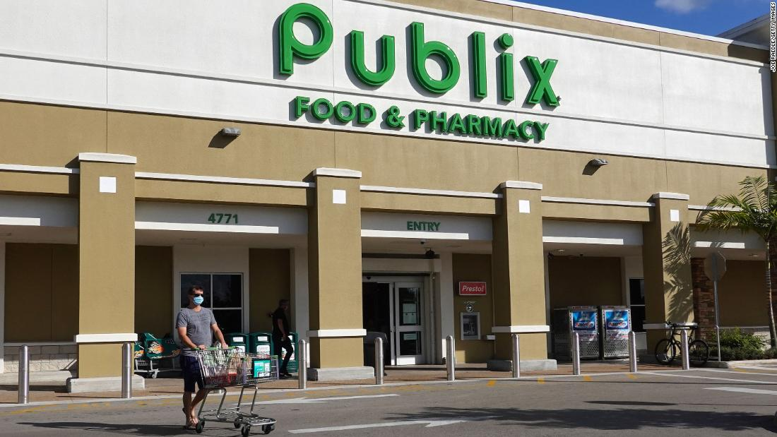 Publix joins a growing list of grocers offering incentives for workers to get vaccinated - CNN