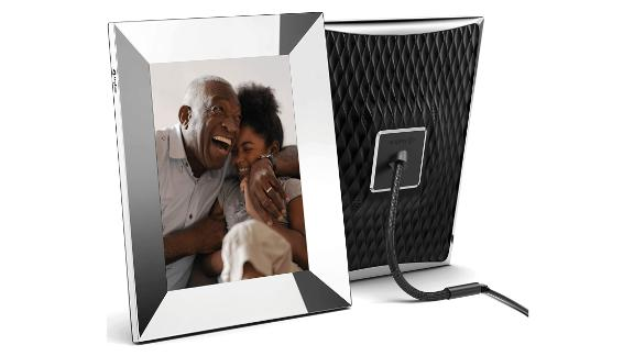 Nixplay 2K Smart Digital Picture Frame