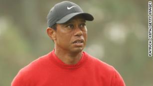 Live updates on Tiger Woods' car crash
