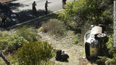 Tiger Woods crash: Golfer sustained serious leg injury after high-speed car crash in California, but was calm and clear-headed, authorities said