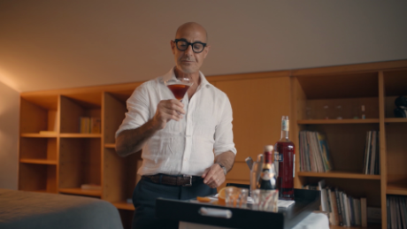 stanley tucci searching for italy bonus negroni _00005601.png