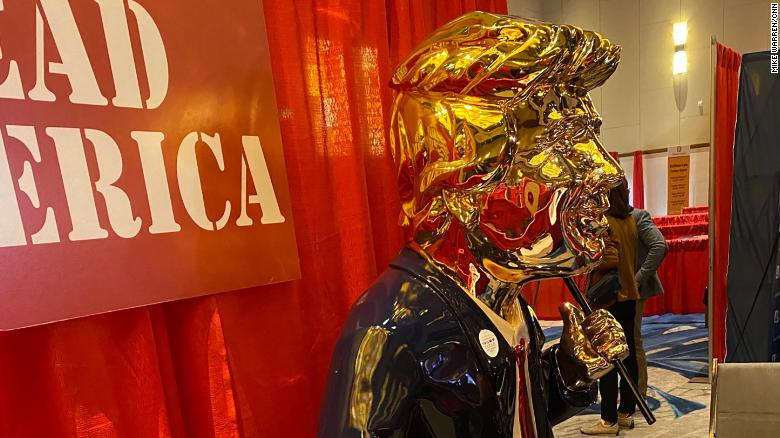 Golden Trump statue turns heads at CPAC