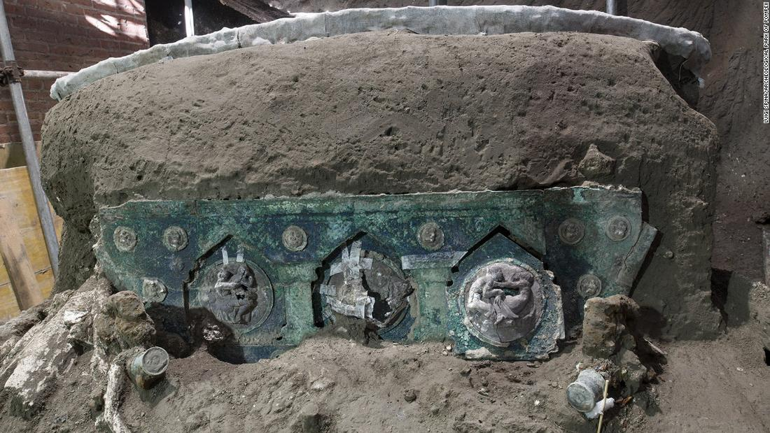 Ancient ceremonial chariot unearthed in Pompeii