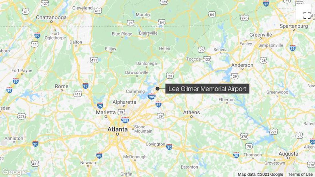 Three people killed in Georgia plane crash