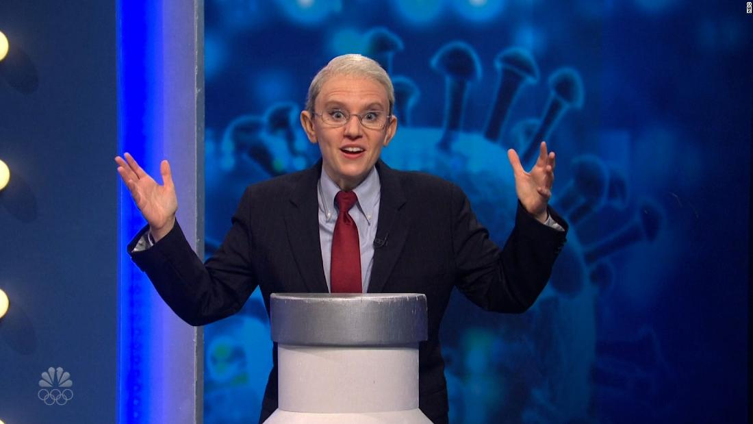 'SNL' sees Fauci hand out Covid vaccines on game show
