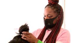 , [:en]Black-owned hair salons and barbershops enhance NWA neighborhood[:], Laban Juan