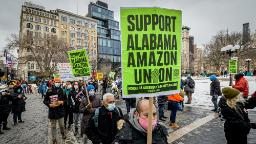 210301081037 amazon bessemer al solidarity event protest nyc 0220 restricted hp video