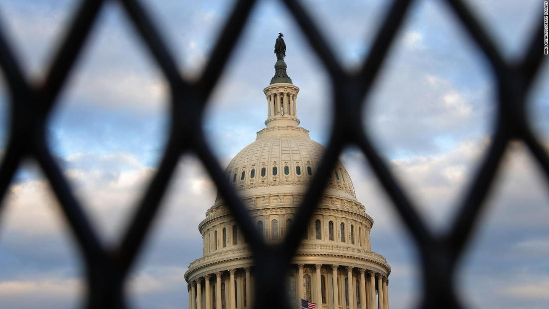 Feds on high alert Thursday after warnings about potential threats to US Capitol – CNN