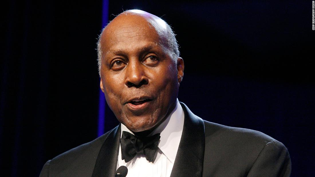 Vernon Jordan, civil rights leader and close ally of Bill Clinton, dies