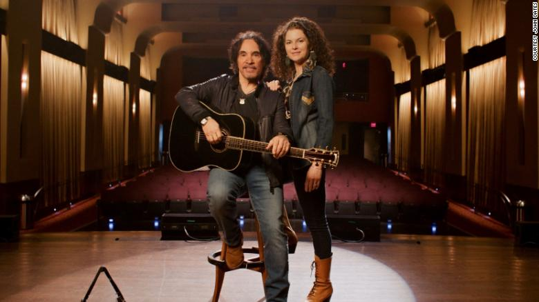 John Oates revives music festival to help fight pandemic-related hunger crisis