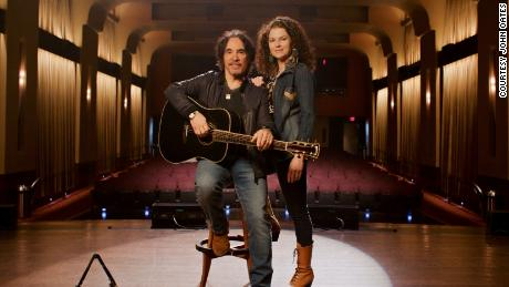 John and Aimee Oates will host Oates Songfest 7908 on March 20, 2021.