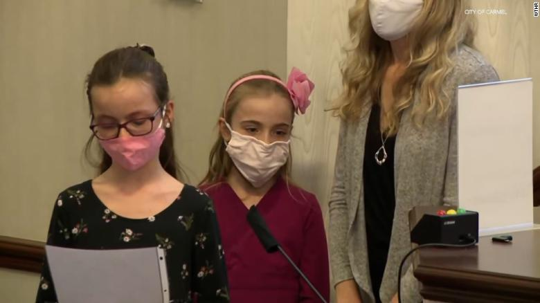 Indiana girls bring concerns over 'Men Working' signs to their lawmakers, and the city vows action