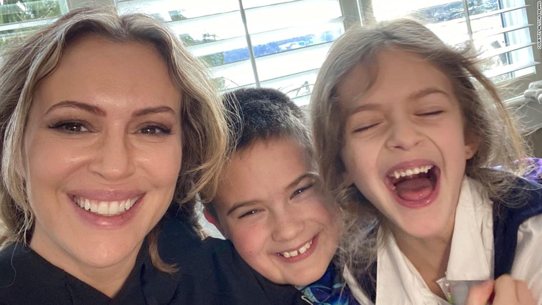 Alyssa Milano: Pay moms for getting us through this crisis