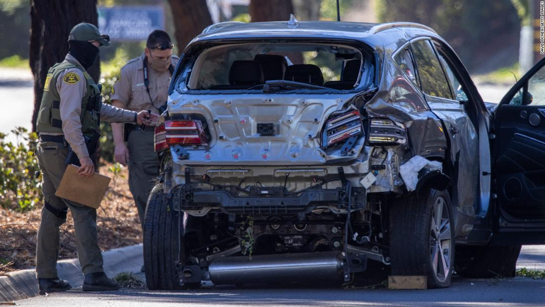 Investigators to examine data from the black box of the car Tiger Woods was driving in crash