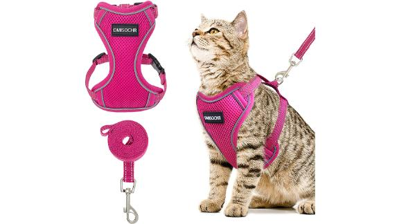 Dmisochr Escape Proof Cat Harness and Leash Set