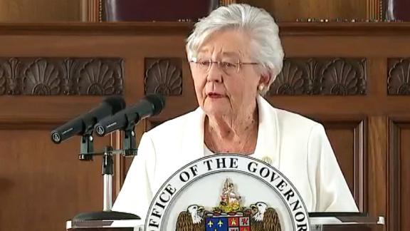 Image for Alabama governor says she won't extend mask mandate past April 9