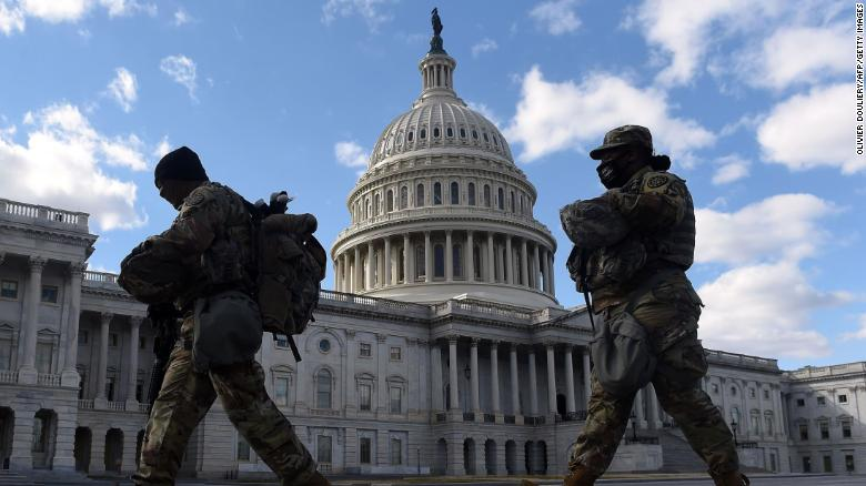 Lawmakers call for 'measured drawdown' of Guard troops at Capitol