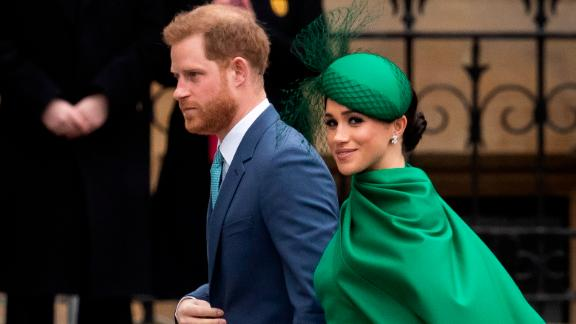 LONDON, ENGLAND - MARCH 09: Prince Harry, Duke of Sussex (L) and Meghan, Duchess of Sussex arrive to attend the annual Commonwealth Day Service at Westminster Abbey on March 9, 2020 in London, England. (Photo by Dan Kitwood/Getty Images)