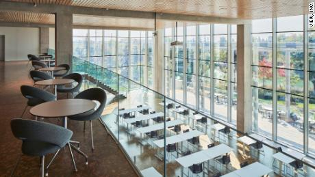 Эта компания, производящая умные окна, выполняет миссию стоимостью 1 триллион долларов по устранению жалюзи и шторы.